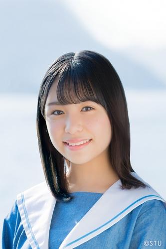 minami_yurina-profile-2019.jpg