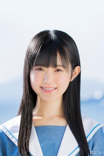 suzuki_ayaka-profile-2019.jpg