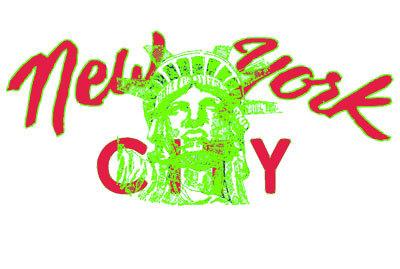 ニューヨークシティと自由の女神 Tシャツ