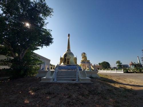 3 Rom Pho Mano Dham temple (3)