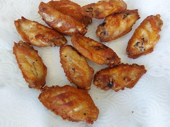 Fried Chicken wings (2)