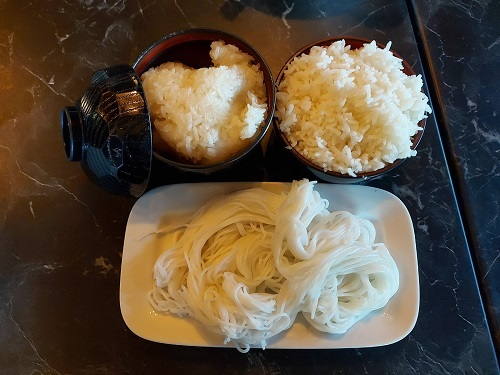 Sticky rice, rice and Kanom Jeen