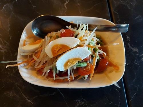 Som Tum Thai with salt egg