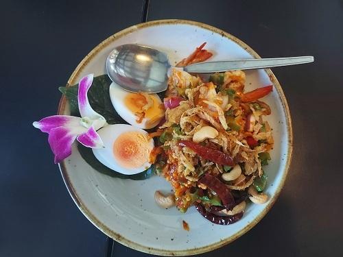 Tha Nam View restaurant (5)