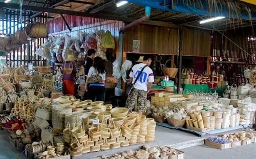 Kong Khong market (3)