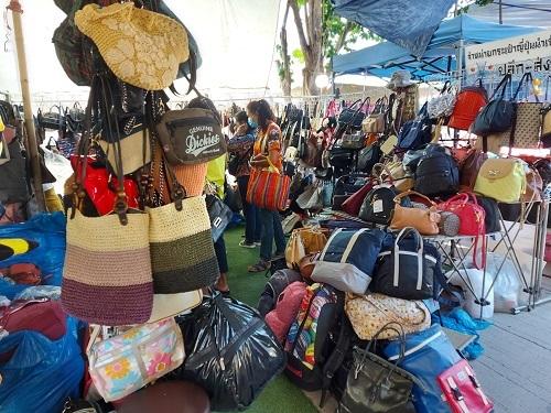 Ayutthaya Flea Market (8)