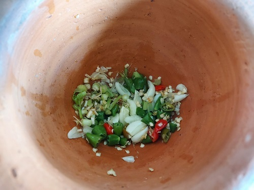 boiled chiken with fish sauce (11)