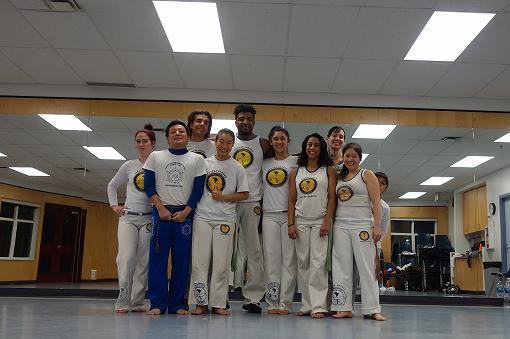 Axé Capoeira Vancouver のみなさんと