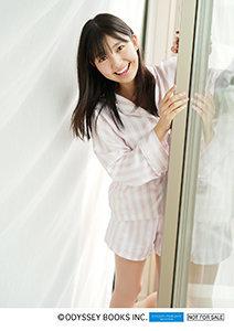 島倉りかファースト写真集「十九歳の夏」特典生写真ハロショ02