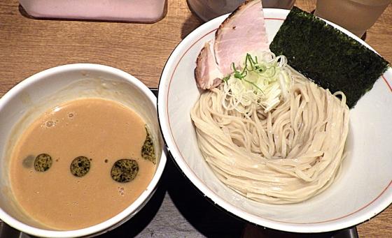 麺と心 7 雲丹つけ麺
