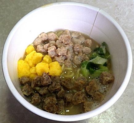 3/30発売 おいしいたんぱく 鶏白湯ラーメン(できあがり)