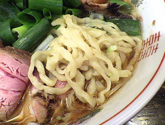 綿麺 引き算の中華そば(麺のアップ)