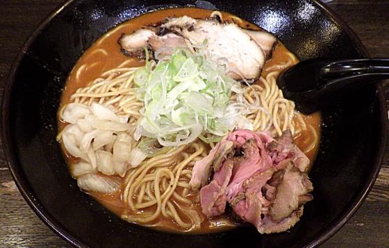 綿麺 四川担々麺風のラーメン