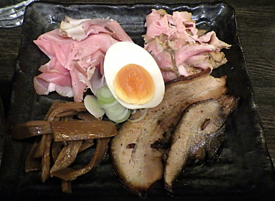綿麺 特濃極太つけ麺TOKYO(別盛りトッピング)