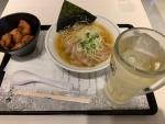 塩中華そば+唐揚げセット4ヶ+ハイボール@麺やマルショウ阪急三番街店