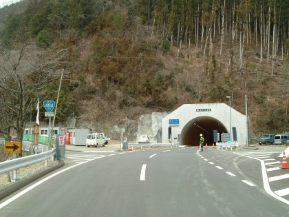 横山隧道15