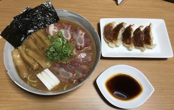 焼豚麺と餃子