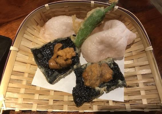 ウニの磯辺揚げ920円