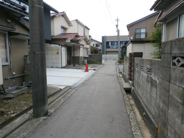城南新築前面道路①