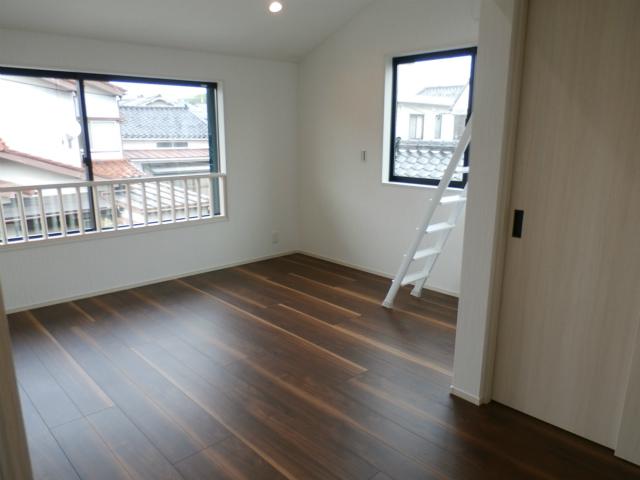 城南新築2階寝室
