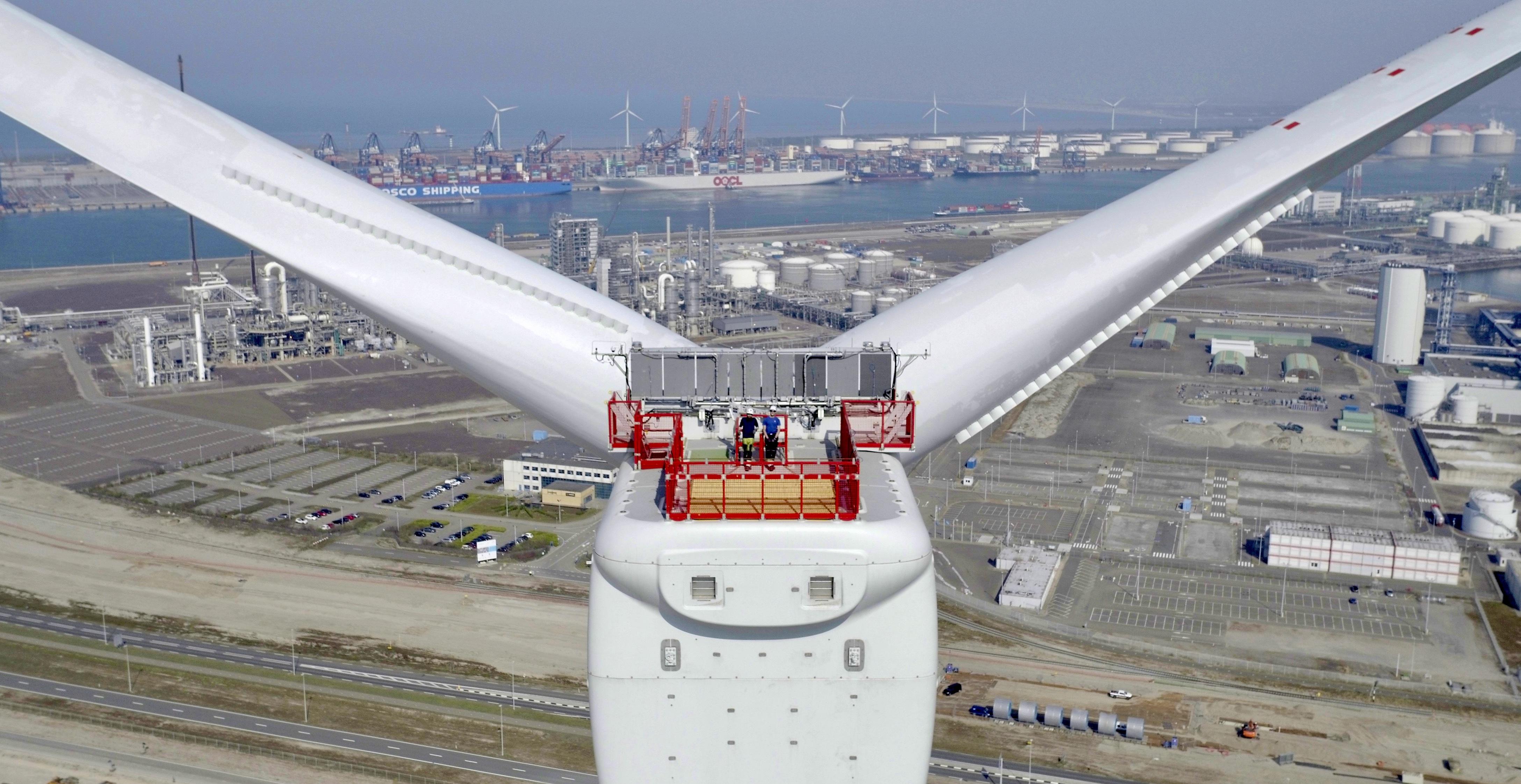 洋上風車設置船不足-07