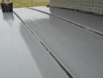 屋根のつなぎ目を塗り直す前