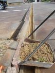 2020年5月4日・駐車場の小さい側溝の掃除後