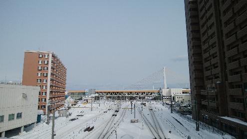 跨線橋から見る青森駅