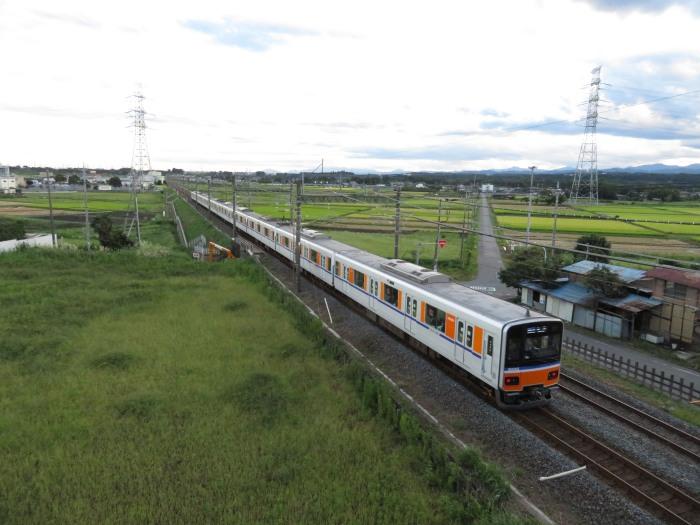 平野と田んぼと東武東上線