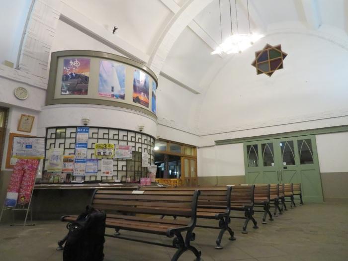 夜の「出雲大社前」駅