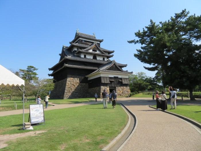 松江城に到着