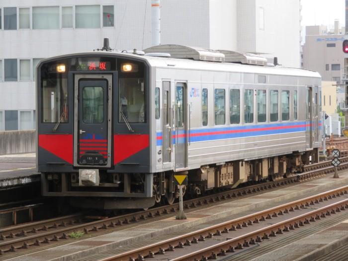 キハ121系