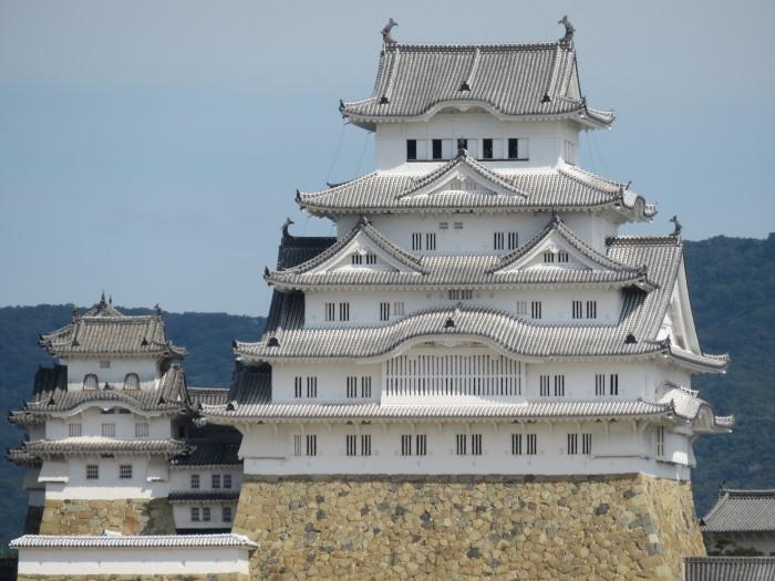 朝の姫路城