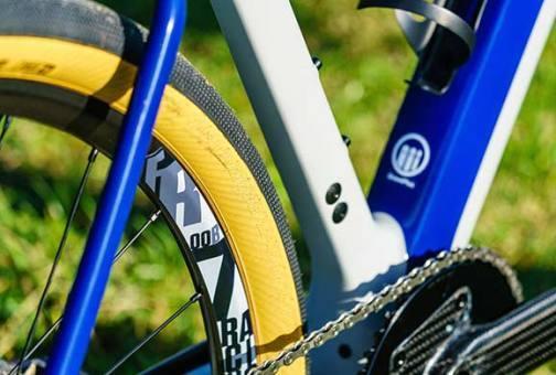 3t-exploro-bmw-bike-gravel-all-roadvdz.jpg