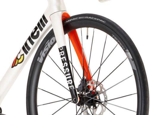 Cinelli-Pressure-Disc-Ultegra-Bike-2021_02u8o0p.jpg