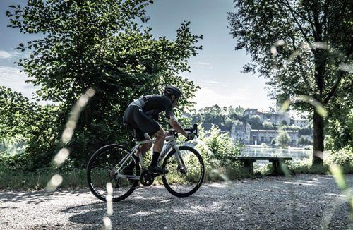 Colnago-EGRV-Disc-Gravel-E-Bike-2020-Electric-Road-Bikes-Grey-Red-2020-EGRVULM58SEGBG-14.jpg