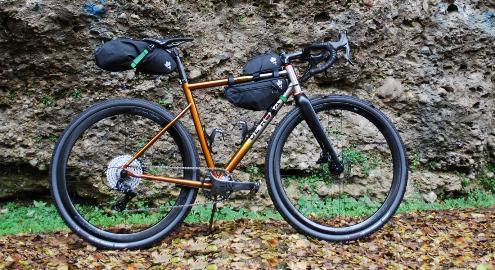 Hera-titanium-orange-oppak.jpg