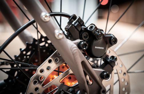 Octane-One-Gridd-Flat-Adventure-Road-Bike-2020-Adventure-Bikes-Grey-Orange-2019-O1B-030-12.jpg
