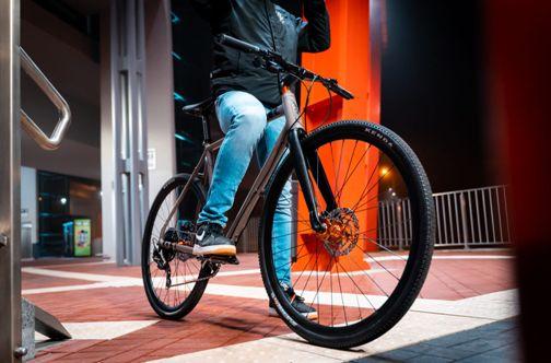 Octane-One-Gridd-Flat-Adventure-Road-Bike-2020-Adventure-Bikes-Grey-Orange-2019-O1B-030-5.jpg