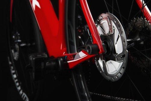 e_765_optimum_disc_red_glossy_1.jpg