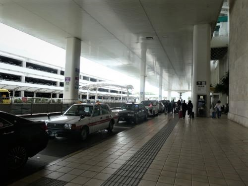 18日那覇空港 (6)10時44_resized
