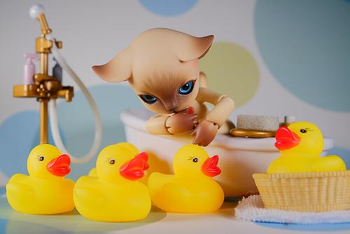 ISLAND DOLL・Luo LuoのRicky。お風呂に入れて、胸の可愛いハートマークを見せて貰いました。