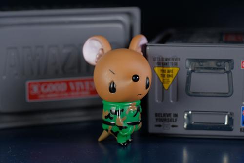 ツバキアキラが撮った、VAG23・ネズミのチュッチュ。一目惚れしたフィギュアが、我が家にやって来てくれました。