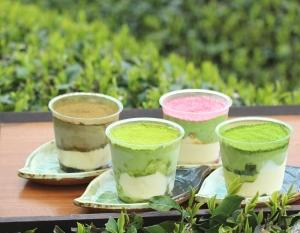 濃厚茶葉の新茶ティラミス食べ比べセット