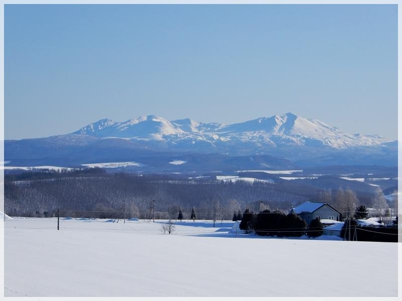北西の丘から大雪山連峰