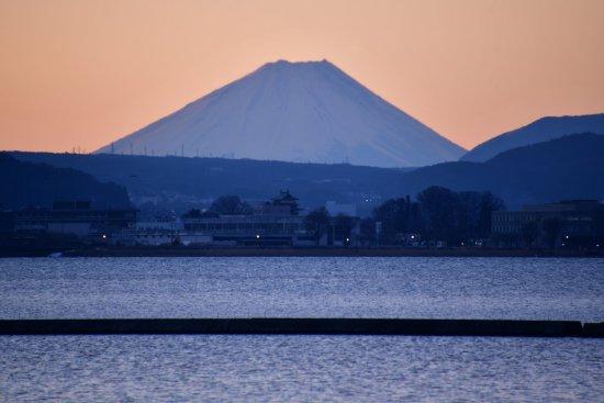 21諏訪湖飯島03