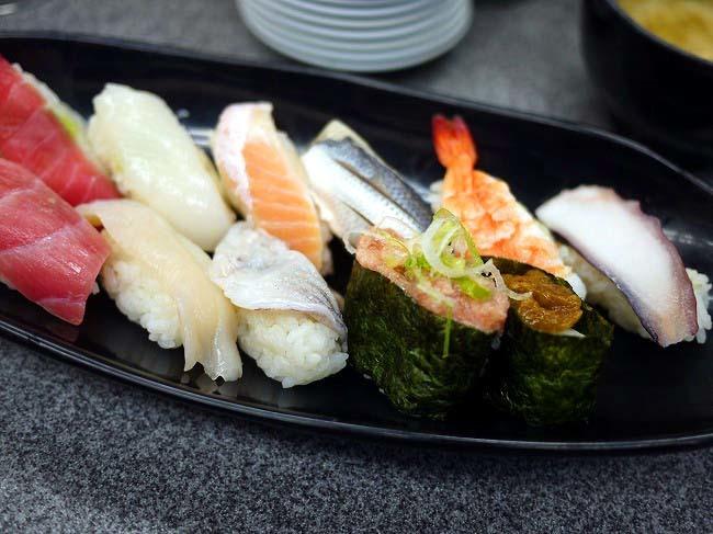 回し寿司若貴