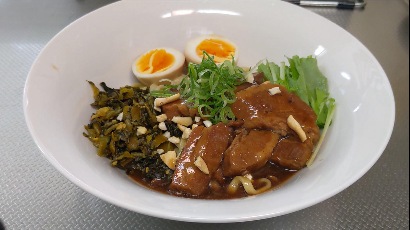 082 魯肉麺