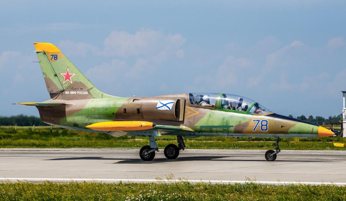 L-39b.jpg