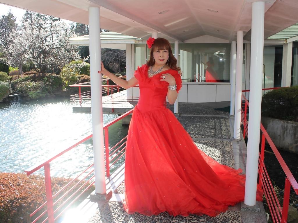 赤ドレスガーデンパレスB(1)